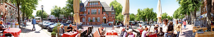 rathaus panorama sommer